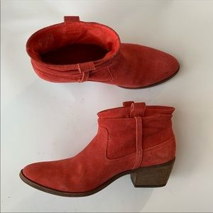 JOIE Red Elvis Suede leather ankle Booties sz 37